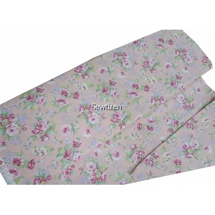 USA Cotton Fabric Vintage Rose in Pink Color, Moda Fabric